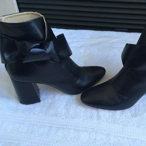 Zara Navy Leather Bow Boots Size 39, 8 US